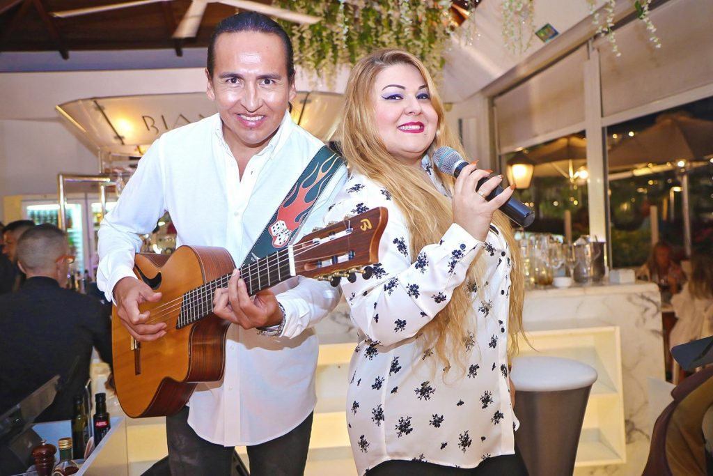 Live music every night in Bianco Italian Ristorante